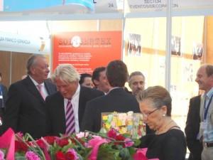 l'Ambassadeur de France, le Directeur de Maison de la France, Sergi AROLA