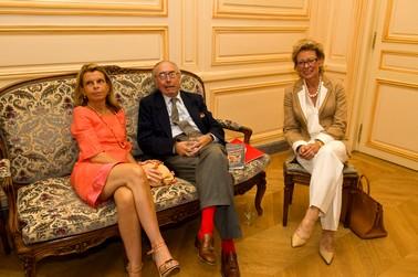 Nicolas DE RABAUDY MONTOUSSY, son épouse, et Pierrette le 2/7/08 au cercle de l'union interalliée