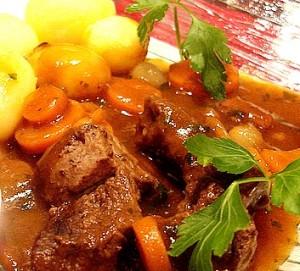 france restaurant menu english www.french.food.biz and www.cuisine-francaise.org/en boeuf bourguignon julie child